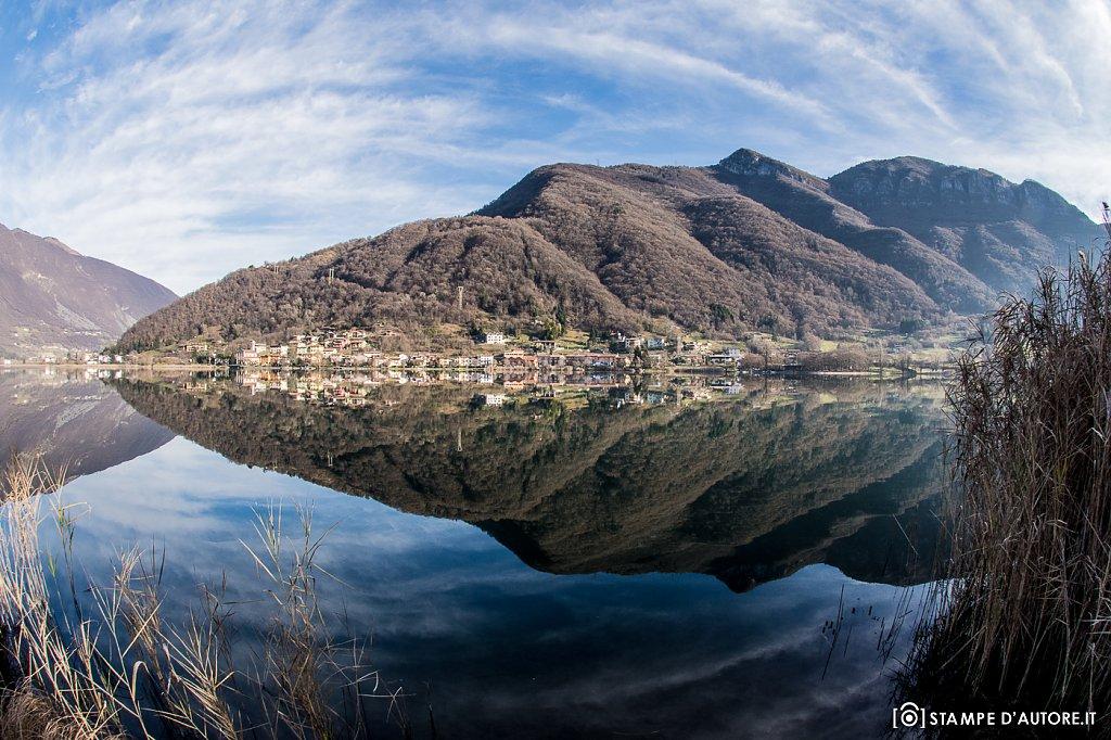 """Lago di montagna"